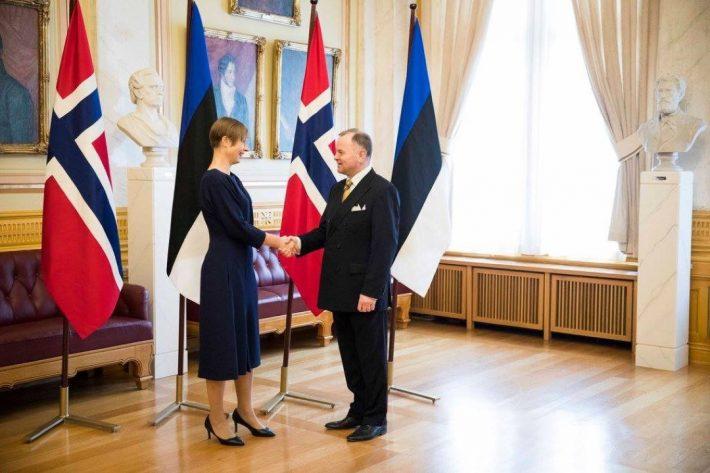 Estlands president Kersti Kaljulaid møter den norske stortingspresidenten Olemic Thommessen. Foto: Stortinget
