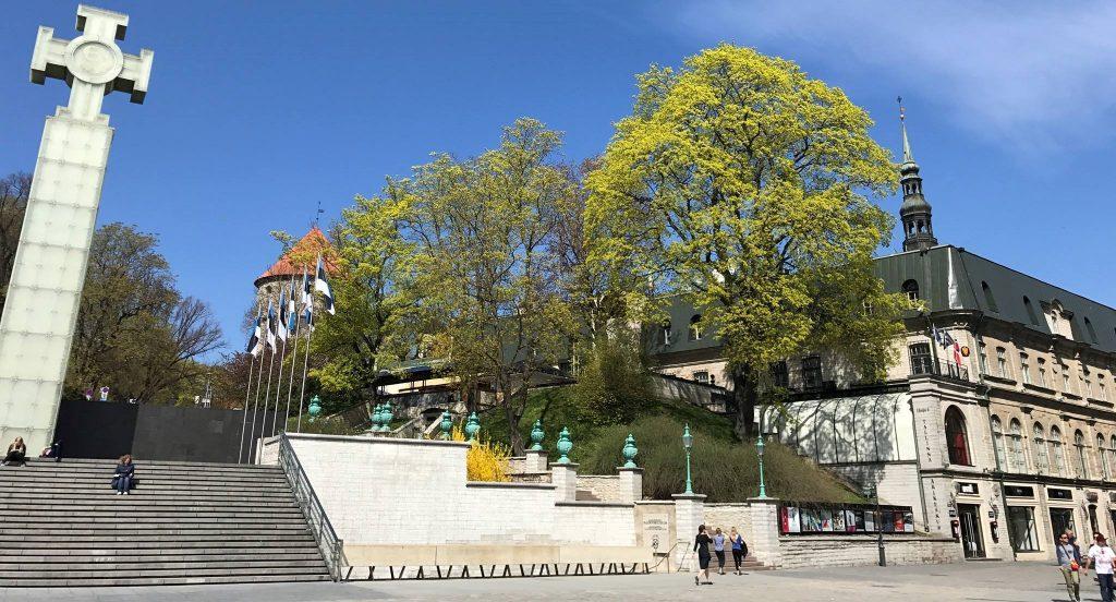 Den kongelige norske ambassade i Tallinn, Harju tn 6. Den norske ambassaden er nabo til den estiske frihetsplassen, med god utsikt over frihetsplassen fra vinduene. Foto: Triinu Paist-Palm/Norges ambassade